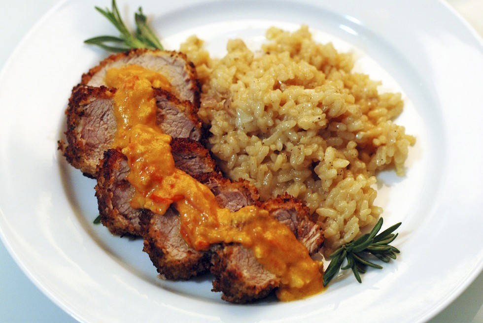 Pork chops with mustard-tomato sauce