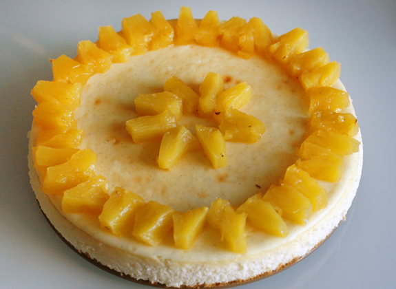 Crème fraîche cheesecake with honey-rum-roasted pineapple ...
