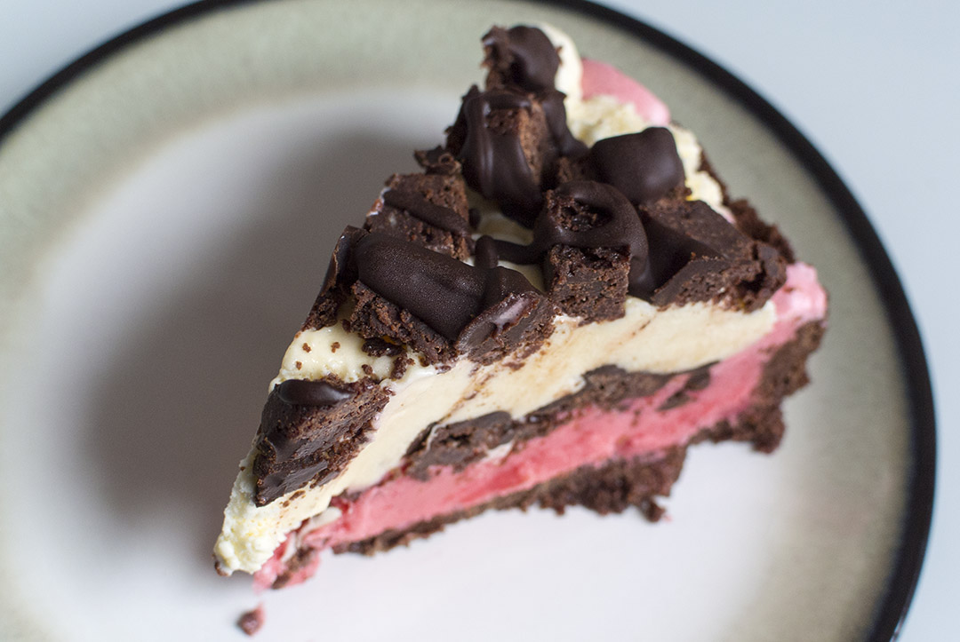 Raspberry brownie ice-cream pie | Gastronomical Wayfaring