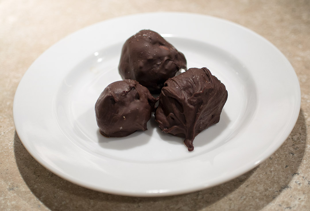 Caramel dark chocolate truffles with fleur de sel | Gastronomical ...